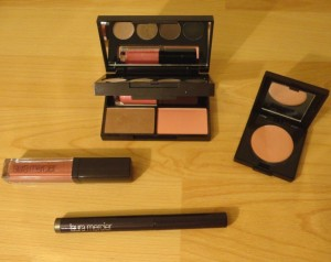 laura Mercier - maquillage