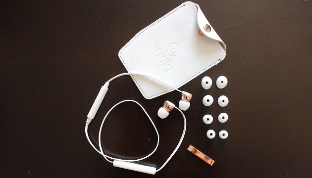 contenu boite écouteurs sudio
