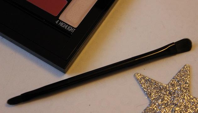 Lip contour palette - color drama - maybelline 3