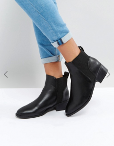 Chelsea boots noires, News Look via Asos