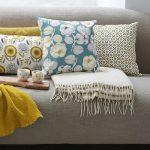 coussin-en-coton-motif-gravure-fleur-40x40cm-mr-mrs-clynk